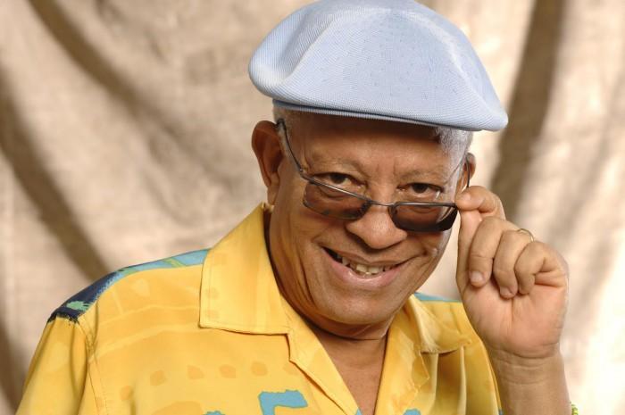 Nei Lopes ensina sobre o samba, o negro e o Rio de Janeiro
