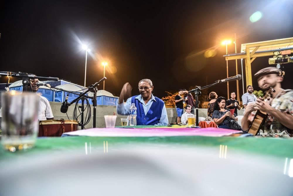 Wilson Moreira emociona os presentes na Praça da Bandeira