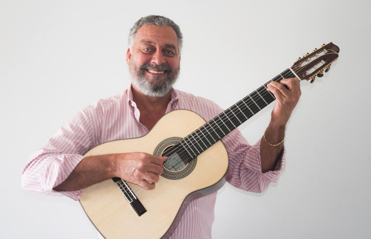 Paulão 7 Cordas é o novo mestre do nosso Sindicato do Samba